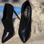 High heel shoes Delivery from Yerevan
